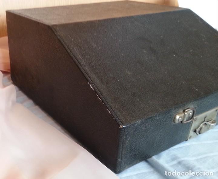Antigüedades: Máquina escribir antigua. Marca Torpedo. Años 60. - Foto 13 - 254366735