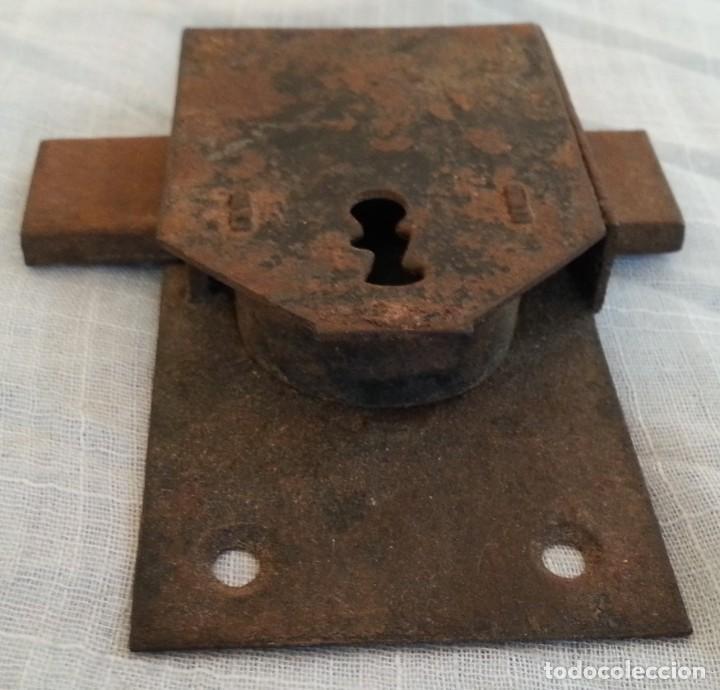 Antigüedades: Cerradura antigua. Dos unidades. - Foto 2 - 254367630
