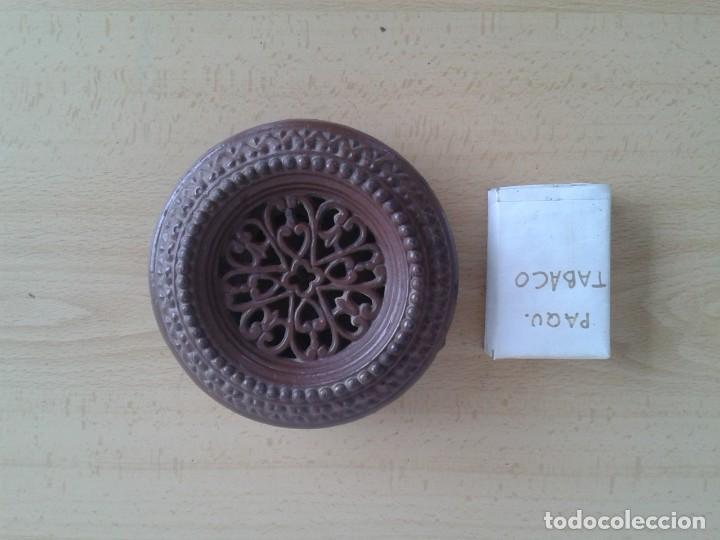 Antigüedades: ANTIGUA MIRILLA MODERNISTA HIERRO COLADO ESMALTADA MARRON DECORADA EN RELIEVES - Foto 7 - 254460770
