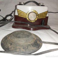 Antigüedades: MAQUINA DE COSER MEDIAS – INDUSTRIAS DELFE. Lote 254517895