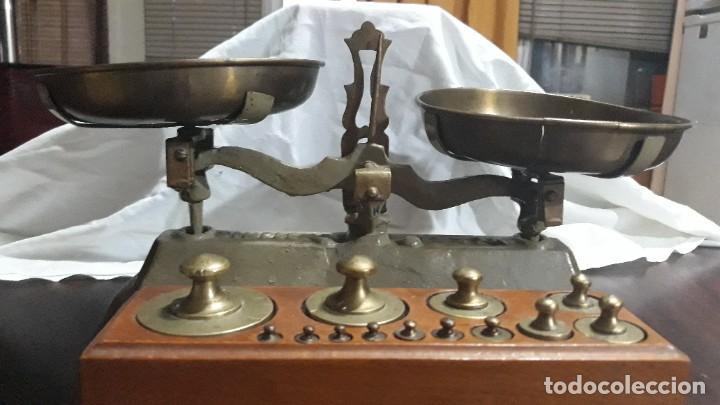 ANTIGUA BALANZA S.XIX CON JUEGO DE PESAS ANTIGUO DE 1GR A 1KL COMPLETO (Antigüedades - Técnicas - Medidas de Peso - Balanzas Antiguas)