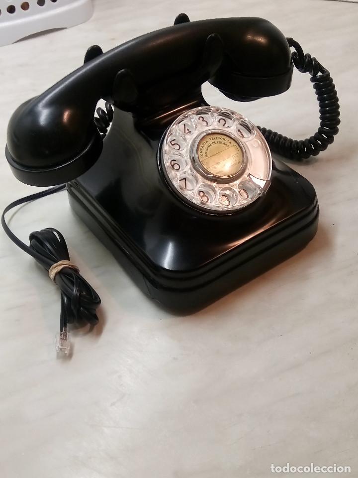 ANTIGUO TELEFONO DE MESA. 1.955/60 - TELEFONICA. FUNCIONANDO. BUEN ESTADO. DESCRIP. Y FOTOS. (Antigüedades - Técnicas - Teléfonos Antiguos)