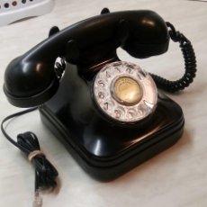 Teléfonos: ANTIGUO TELEFONO DE MESA. 1.955/60 - TELEFONICA. FUNCIONANDO. BUEN ESTADO. DESCRIP. Y FOTOS.. Lote 254567165
