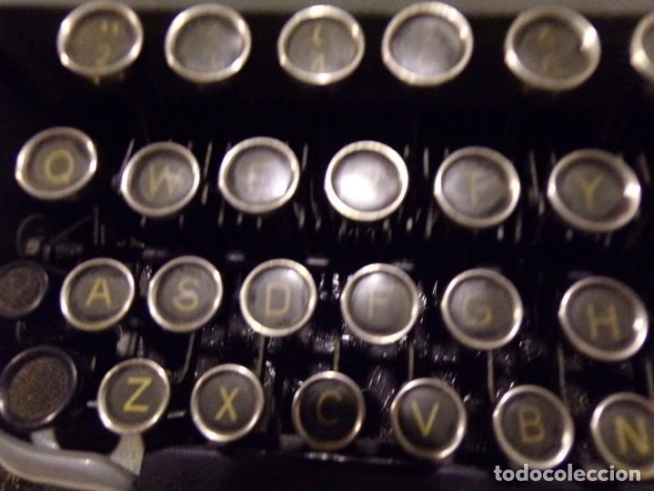 Antigüedades: maquina de escribir modelo junior 58 en muy buen estado - Foto 3 - 254697275