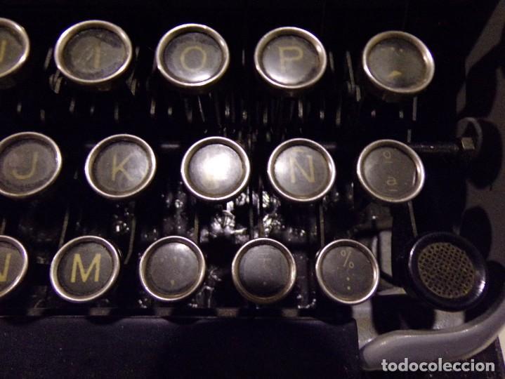 Antigüedades: maquina de escribir modelo junior 58 en muy buen estado - Foto 4 - 254697275