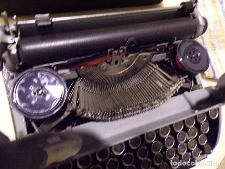 Antigüedades: maquina de escribir modelo junior 58 en muy buen estado - Foto 9 - 254697275