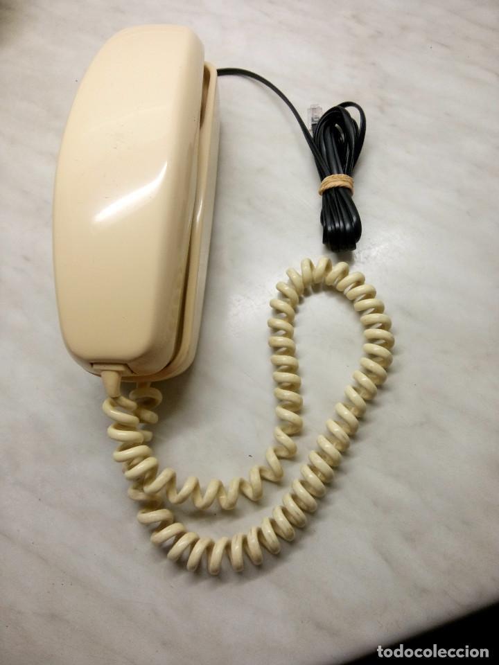 Teléfonos: TELEFONO GONDOLA DE MESA. TELEFONICA. FUNCIONANDO. AÑOS 70. COLOR CREMA. FOTOS. - Foto 2 - 254747510
