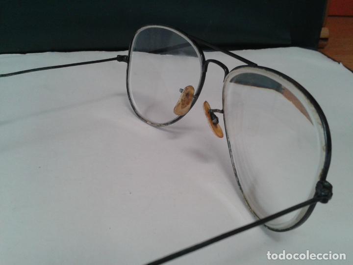 Antigüedades: Gafas Ray Ban graduadas para cambiar cristales. Con montura en negro. años 70. En buen estado - Foto 3 - 254829665
