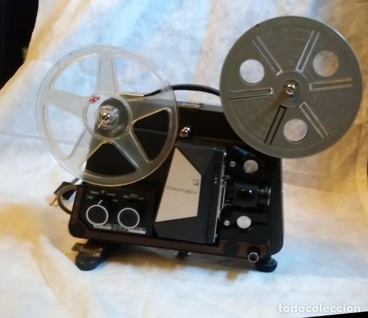 PROYECTOR SUPER 8 RAYNOX (Antigüedades - Técnicas - Aparatos de Cine Antiguo - Proyectores Antiguos)