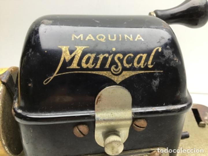 Antigüedades: ANTIGUA MAQUINA REGISTRADORA Y SELLADORA DE CHEQUES - MAQUINA MARISCAL MODELO R - ESPAÑOLA - Foto 2 - 254875235