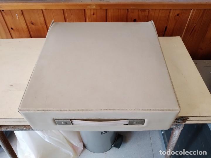 Antigüedades: Olivetti Lettera 25 Maquina de escribir - Foto 4 - 255330580