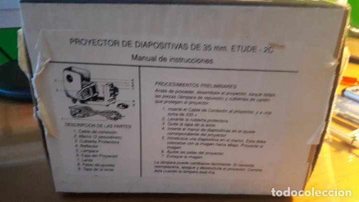 Antigüedades: PROYECTOR DE DIAPOSITIVAS DE 35 MM ETUDE - 2C - FABRICADO EN RUSIA. - Foto 7 - 255350300