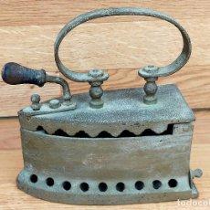 Antigüedades: PLANCHA CARBON. Lote 255428505