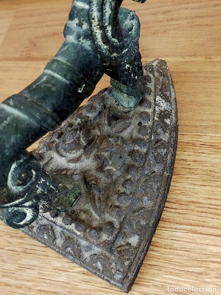 Antigüedades: Plancha zoomorfa SIGLO XVIII O PRINCIPIOS DEL XIX - Foto 6 - 255436790