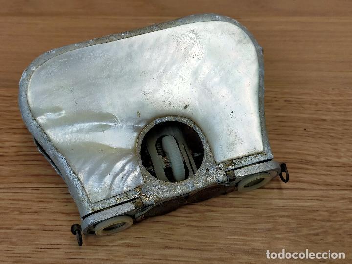 Antigüedades: BINOCULARES en nacar para piezas o restaurar - Foto 2 - 255441415