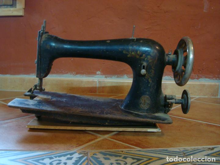 CABEZA DE MAQUINA DE COSER SINGER GRANDE (Antigüedades - Técnicas - Máquinas de Coser Antiguas - Singer)