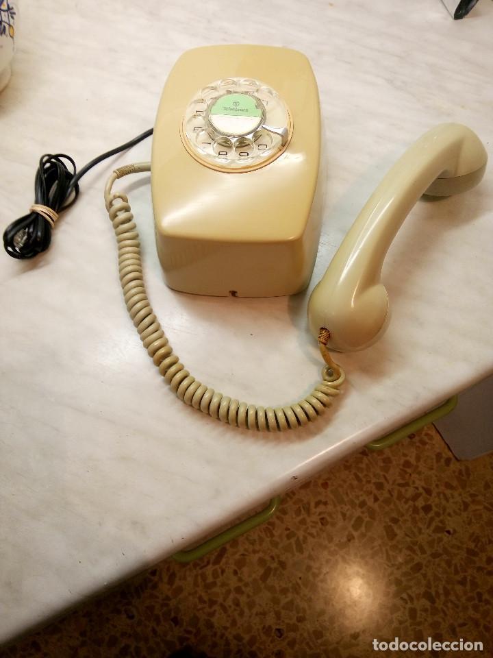 TELEFONO HERALDO DE PARED. TELEFONICA AÑOS 70. FUNCIONANDO. COLOR CREMA. FOTOS Y DESCRIPCION (Antigüedades - Técnicas - Teléfonos Antiguos)