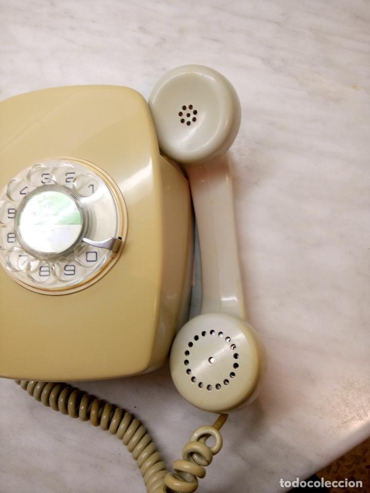 Teléfonos: TELEFONO HERALDO DE PARED. TELEFONICA AÑOS 70. FUNCIONANDO. COLOR CREMA. FOTOS Y DESCRIPCION - Foto 2 - 255937085