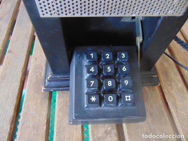 Teléfonos: ANTIGUO TELEFONO MARCADO POST BP DFE AP 300 , CON MANIVELA Y TECLADO OCULTO - Foto 2 - 256016720