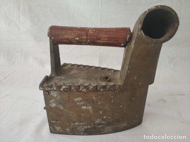 ANTIGUA PLANCHA DE CARBON (Antigüedades - Técnicas - Planchas Antiguas - Carbón)