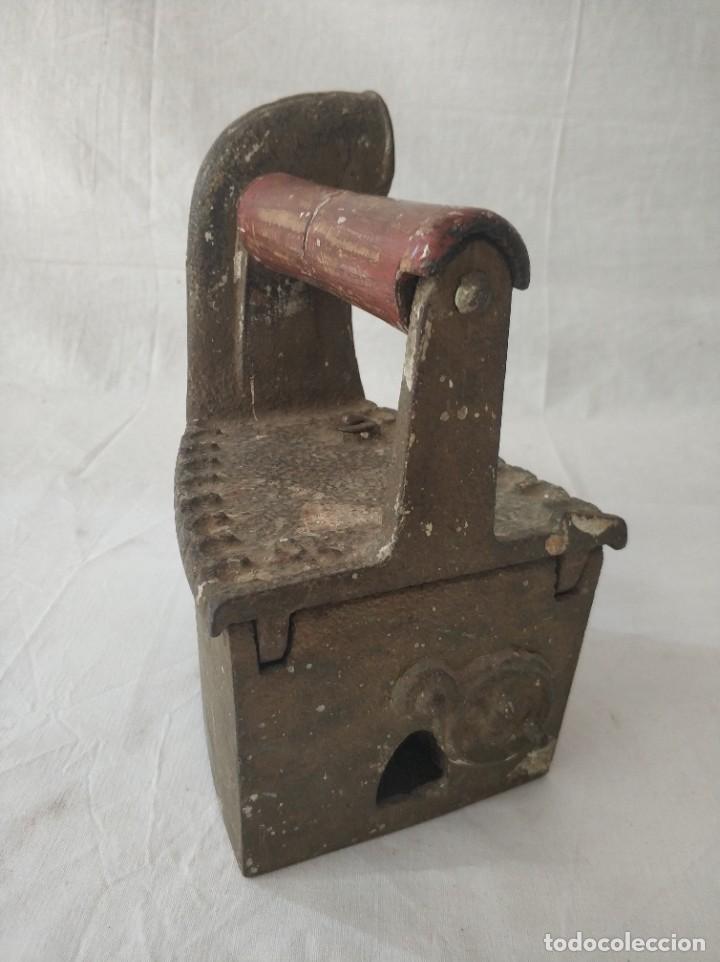 Antigüedades: Antigua plancha de carbon - Foto 4 - 256049195
