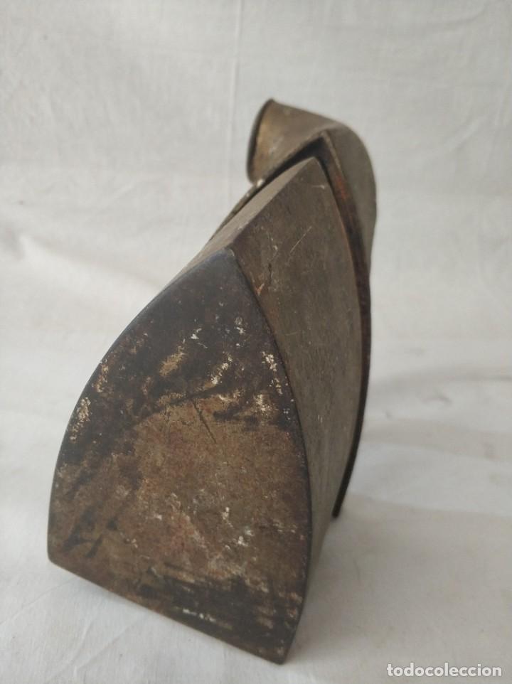 Antigüedades: Antigua plancha de carbon - Foto 5 - 256049195