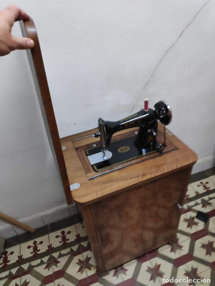 Antigüedades: Máquina coser Alfa - Foto 6 - 256079040