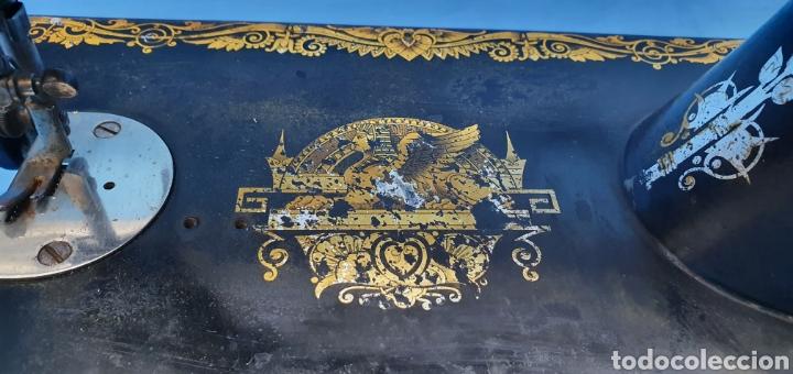 Antigüedades: ANTIGUA MÁQUINA DE COSER SINGER - Foto 8 - 256159585