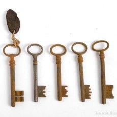 Antigüedades: 5 LLAVES DE HIERRO FORJADO (POSIBLEMENTE DE UN HOSTAL O UN HOTEL). PRINCIPIOS SIGLO XX. Lote 257267325