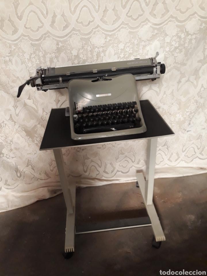 Antigüedades: Anigua máquina de escribir hispano-olivetti con mueble - Foto 5 - 257319445