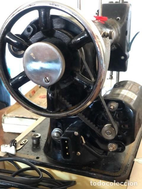 Antigüedades: Máquina de coser antigua marca Sigma - Foto 5 - 257432150
