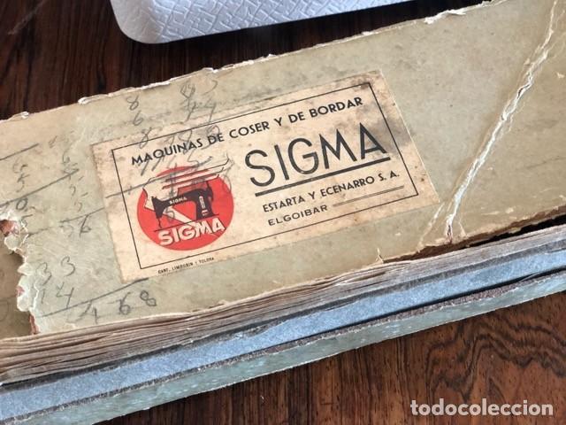 Antigüedades: Máquina de coser antigua marca Sigma - Foto 7 - 257432150