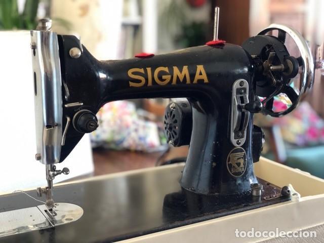 Antigüedades: Máquina de coser antigua marca Sigma - Foto 10 - 257432150
