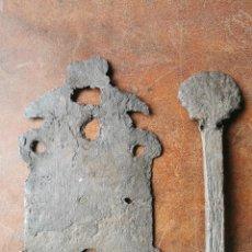 Antigüedades: BOCALLAVE Y PESTILLO DE CONCHA. SIGLO XVIII. Lote 257451375