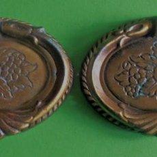 Antigüedades: 2 TIRADORES PARA MUEBLE, TIRADORES DE LATON PARA MESA ETC.OVALADOS. Lote 257469455