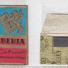 Antigüedades: FUNDA Y HOJA DE CUCHILLA DE AFEITAR ANTIGUA - IBERIA CEFINO 1,50 PTAS. Lote 257653815