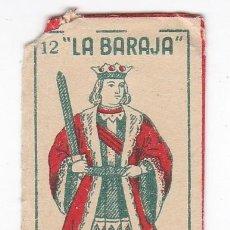 Antigüedades: FUNDA SIN HOJA DE CUCHILLA DE AFEITAR ANTIGUA - LA BARAJA - 12 DE ESPADAS. Lote 257656665