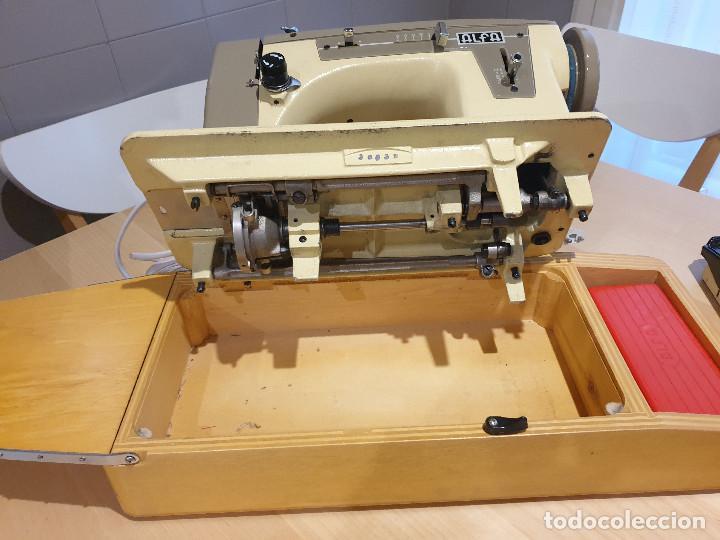 Antigüedades: Máquina de coser eléctrica Alfa - Foto 3 - 257725085