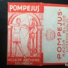 Antigüedades: HOJA DE AFEITAR - CUCHILLA DE AFEITAR - POMPEJUS HOJAS DE ARCHERO. Lote 258130855