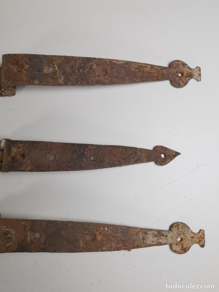 Antigüedades: LOTE BISAGRAS PARA TAPA DE ARCON ARCA BAUL CATALAN SIGLO XVIII ORIGINAL - Foto 10 - 259025200