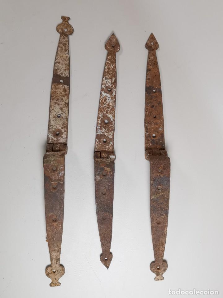 Antigüedades: LOTE BISAGRAS PARA TAPA DE ARCON ARCA BAUL CATALAN SIGLO XVIII ORIGINAL - Foto 15 - 259025200
