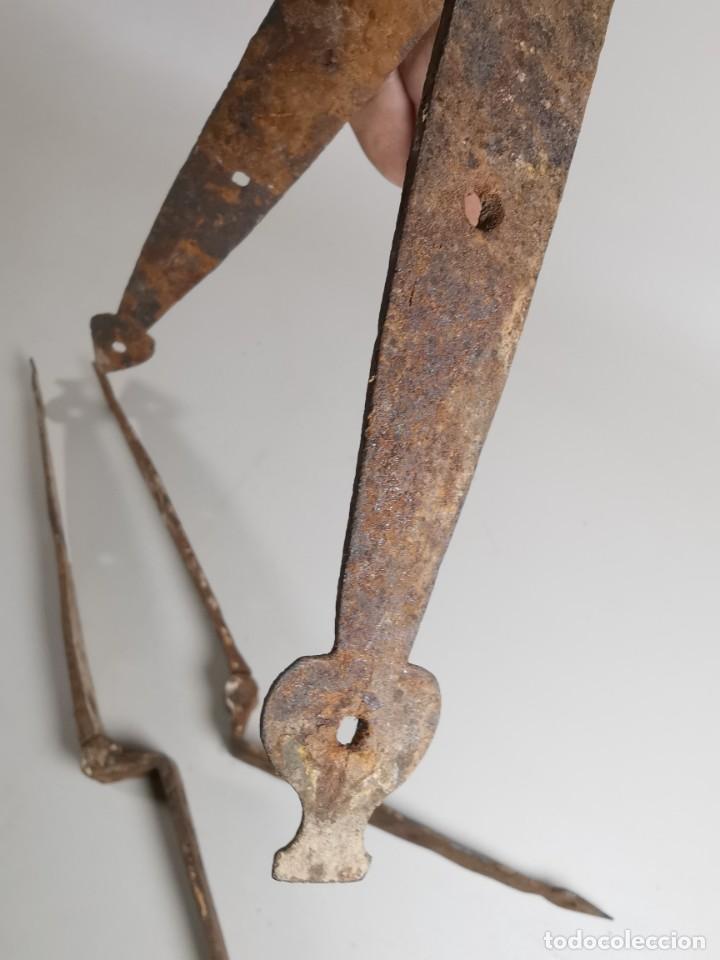 Antigüedades: LOTE BISAGRAS PARA TAPA DE ARCON ARCA BAUL CATALAN SIGLO XVIII ORIGINAL - Foto 28 - 259025200