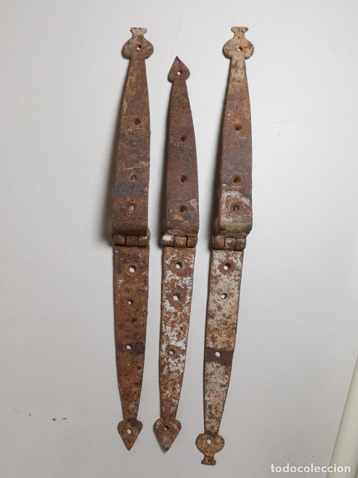 Antigüedades: LOTE BISAGRAS PARA TAPA DE ARCON ARCA BAUL CATALAN SIGLO XVIII ORIGINAL - Foto 48 - 259025200