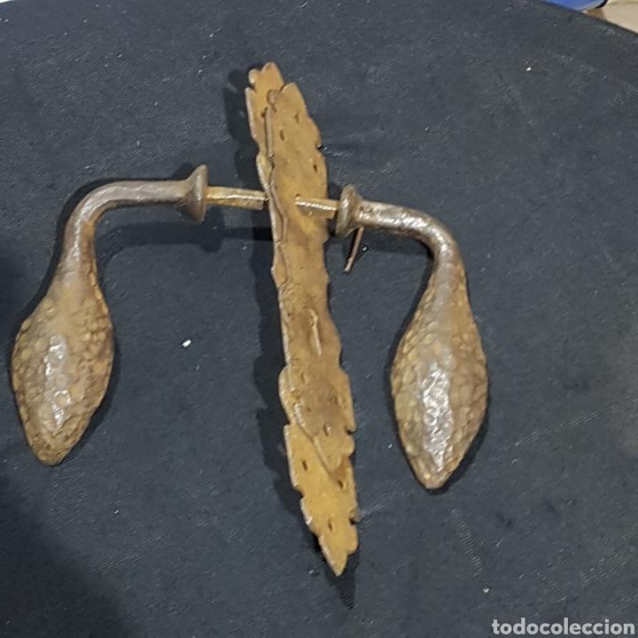 Antigüedades: MANETA DE HIERRO FORJADO - Foto 2 - 259223815