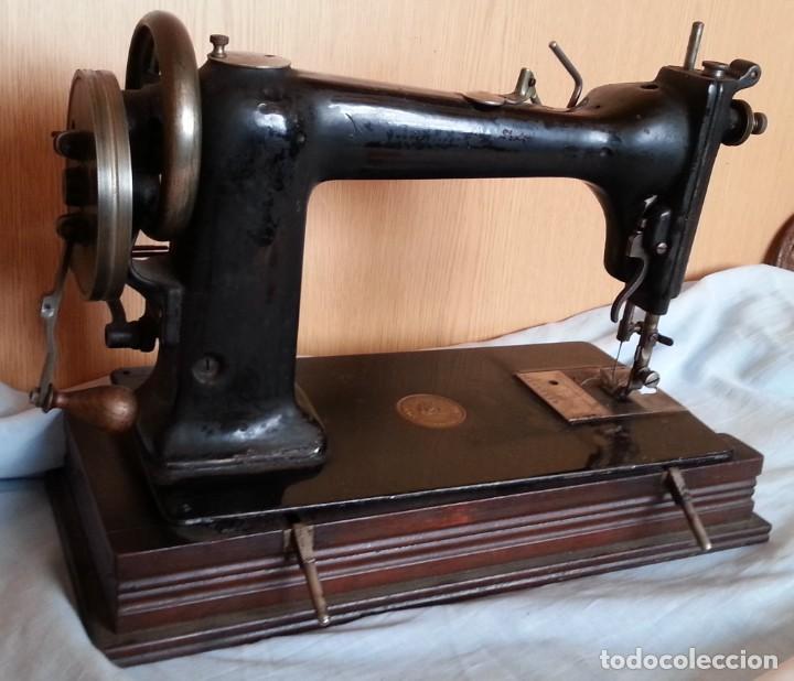 Antigüedades: Máquina de coser antigua. Marca Wheeler & Wilson. - Foto 4 - 259229095