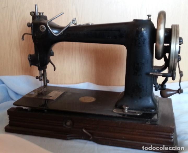 Antigüedades: Máquina de coser antigua. Marca Wheeler & Wilson. - Foto 8 - 259229095