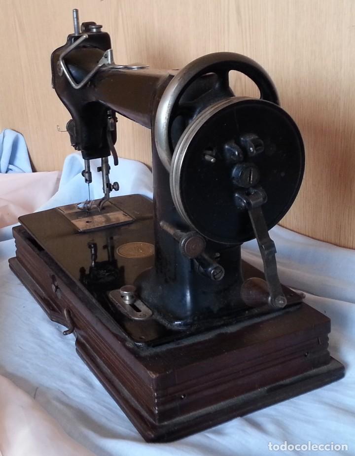 Antigüedades: Máquina de coser antigua. Marca Wheeler & Wilson. - Foto 10 - 259229095