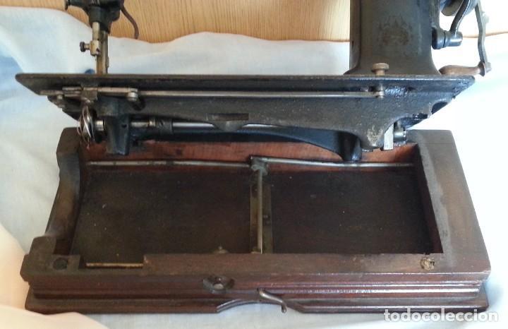 Antigüedades: Máquina de coser antigua. Marca Wheeler & Wilson. - Foto 13 - 259229095