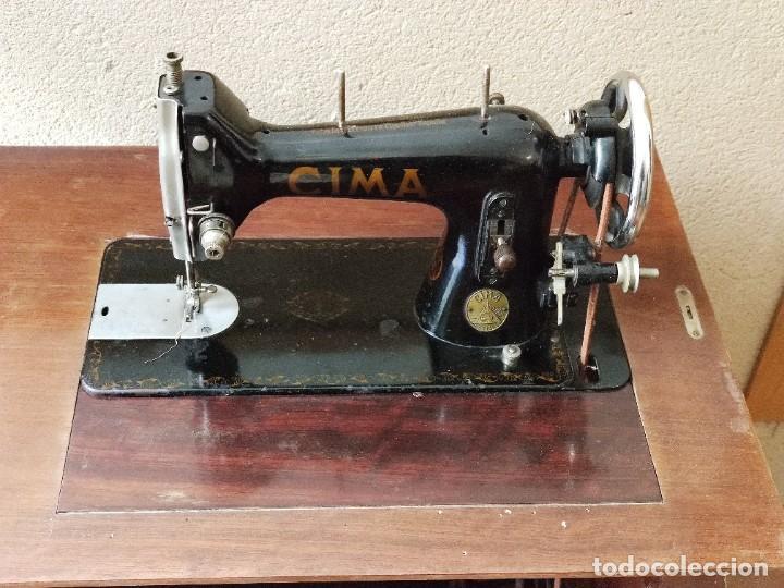 Antigüedades: Antigua máquina de coser CIMA, Estarta y Ecenarro, 1940 - Con mueble excepcional - Foto 4 - 259323615