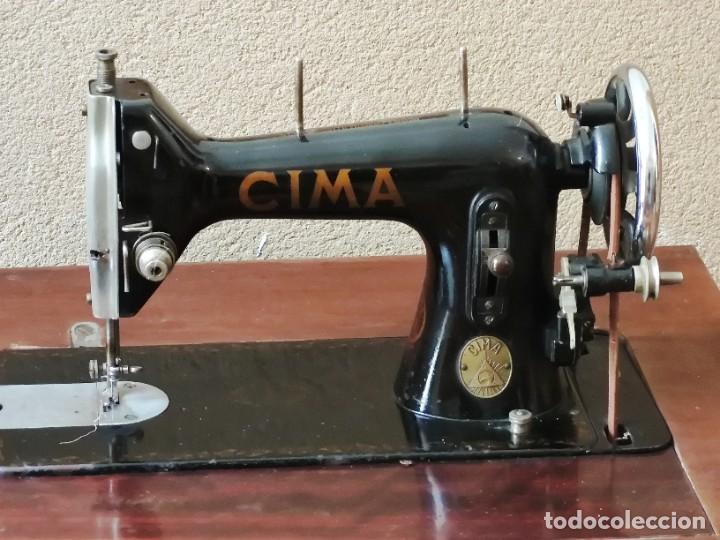 Antigüedades: Antigua máquina de coser CIMA, Estarta y Ecenarro, 1940 - Con mueble excepcional - Foto 5 - 259323615